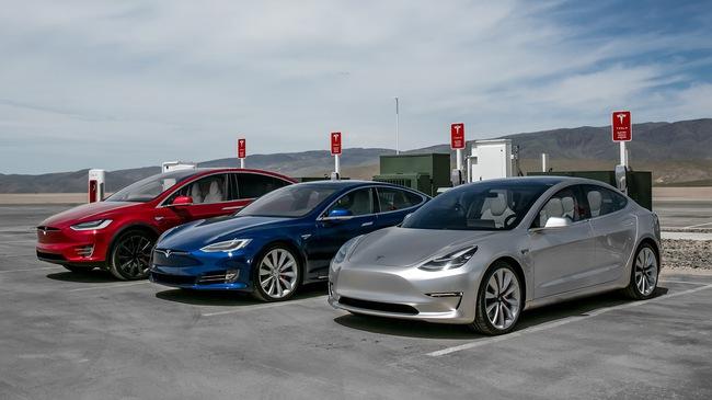 Sách hướng dẫn sử dụng Tesla Model 3 lần đầu lộ diện với nhiều thông tin chưa từng công bố