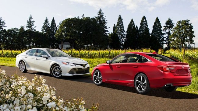 Honda Accord và cuộc đua doanh số trong mơ với Toyota Camry
