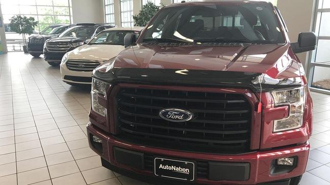 Thị trường ô tô Mỹ 2017: Khởi đầu của sự lao dốc?