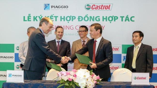 Piaggio bắt tay với hãng dầu nhớt Castrol