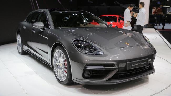 Vừa ra mắt tại triển lãm Geneva 2017, Porsche Panamera Sport Turismo đã có giá ở Việt Nam