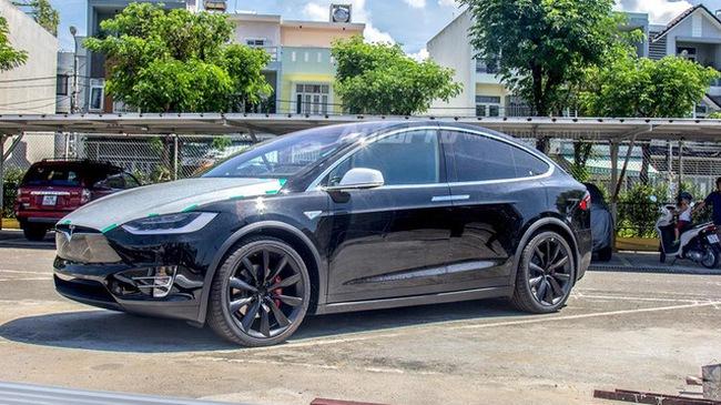 32 sự thật thú vị về Tesla Model X hiện đã có mặt tại Việt Nam