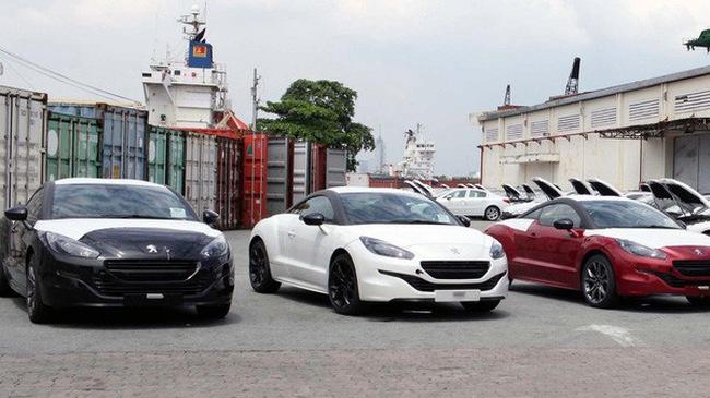 """Thông tư 03 - """"rào"""" khó vượt của ô tô nhập khẩu"""