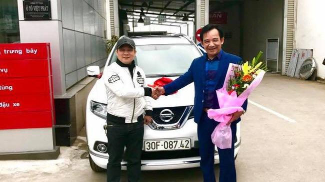 Diễn viên Quang Tèo tậu Nissan X-Trail chơi Tết