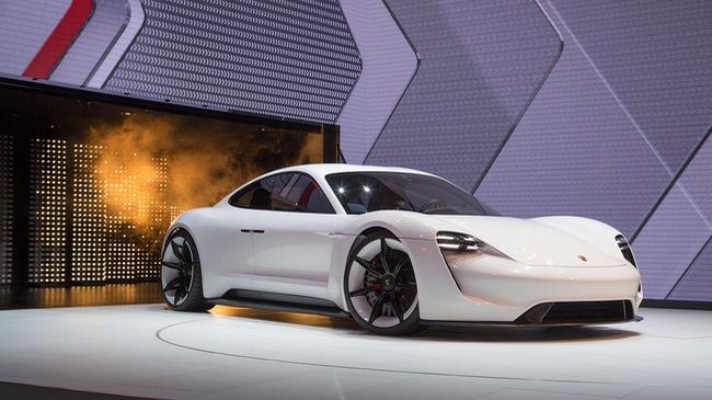 Porsche đặt cược vào xe điện