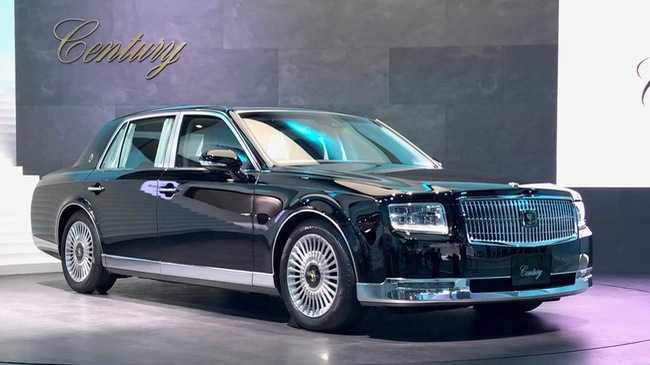 Toyota Century 2018 - Lời thách thức gửi tới Rolls-Royce