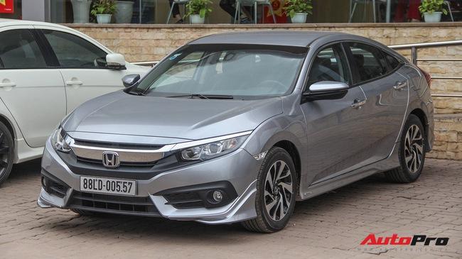 Giảm 140 triệu đồng, Honda Civic phiên bản mới tham vọng cạnh tranh Mazda3
