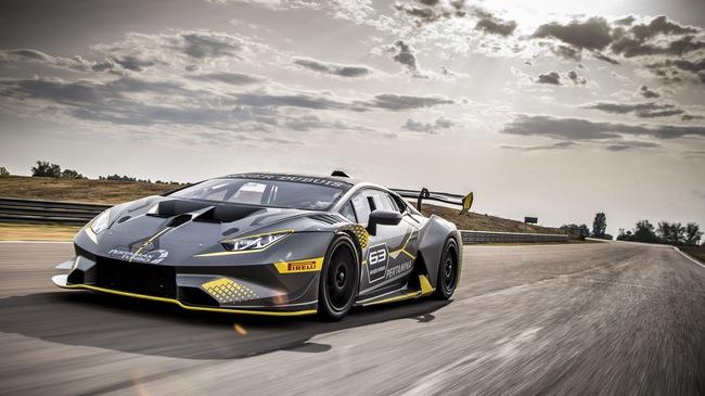 Lamborghini Huracan Super Trofeo Evo ra mắt tại đường đua Sepang