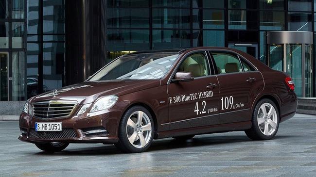 Xe Mercedes-Benz bị tố dùng thiết bị gian lận