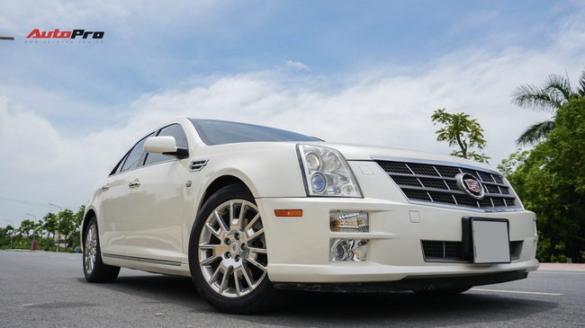 Cadillac STS - xe sang Mỹ 10 năm tuổi bán giá dưới 900 triệu đồng tại Hà Nội