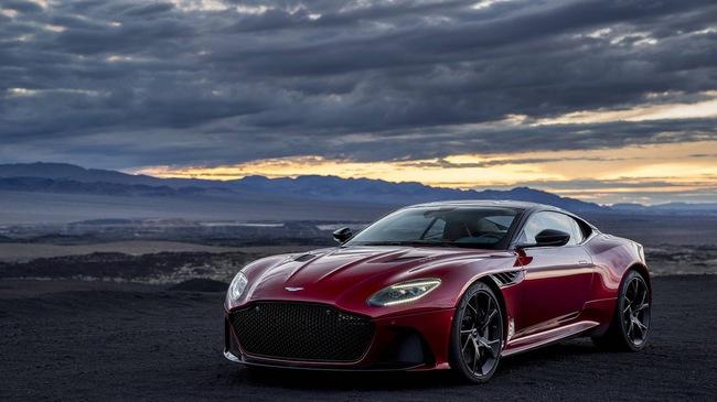 Aston Martin chính thức trình làng DBS Superleggera làm tín đồ siêu xe phát cuồng