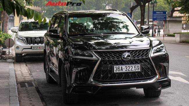 Lexus LX570 Super Sport 2018 trị giá gần 11 tỷ đồng của đại gia Thanh Hóa