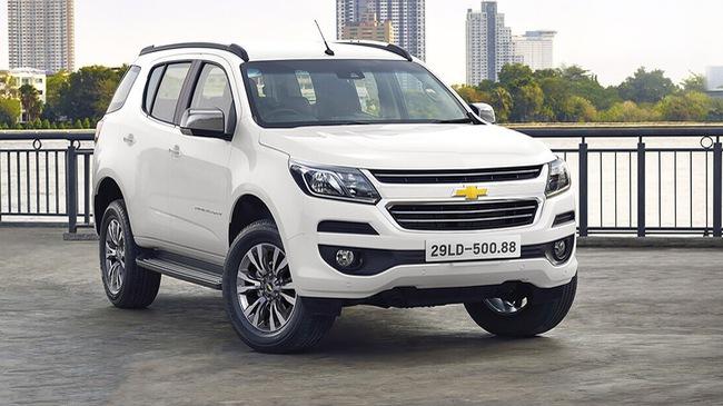 Chevrolet Trailblazer thay bản cao nhất cho khách Việt, giá vẫn thấp hơn hàng chục triệu đồng so với Toyota Fortuner bản tiêu chuẩn