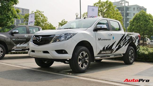 Mazda BT-50 2018 chính thức ra mắt, thêm trang bị và giảm giá để cạnh tranh Ford Ranger