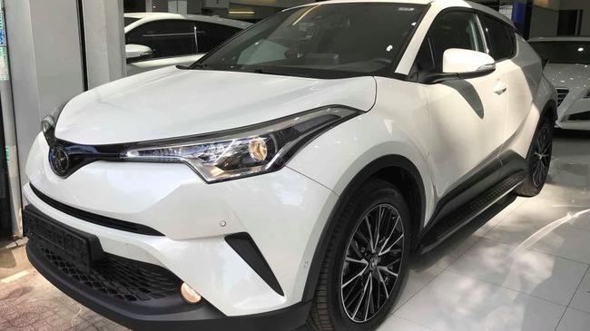 Toyota C-HR turbo về Việt Nam ngang tầm giá Mercedes-Benz GLC