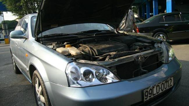 Chọn và sử dụng dầu máy ô tô đúng cách