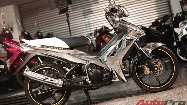 Yamaha Exciter Việt mạ chrome giống siêu xe