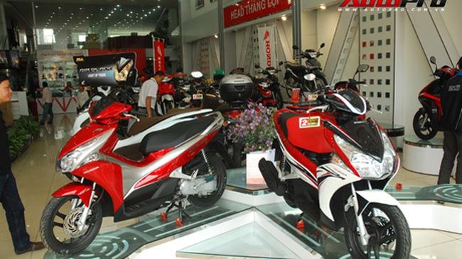 HEAD Honda hết kiêu, Yamaha ngừng sản xuất Nouvo 2010
